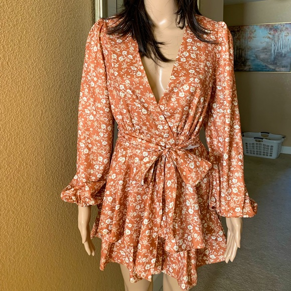 Size Xs/ Shein/ worn once/ color is caramel/